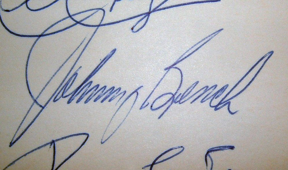 Superb Johnny Bench Autographed Baseball Part - 10: 1969 Johnny Bench Signature