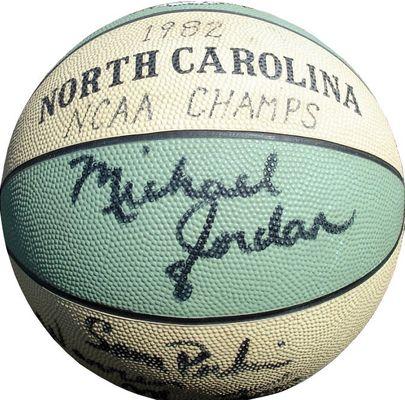 9d28bb9caa6ddf Michael Jordan | PSA AutographFacts™