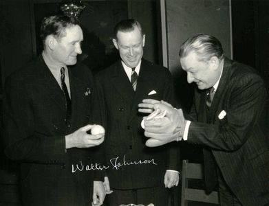Walter Johnson Signed Photo
